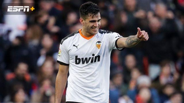 In Spanish-Cultural Leonesa vs. Valencia (Copa del Rey)