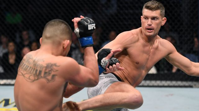 In Spanish-Stephen Thompson vs. Anthony Pettis (Main Event)