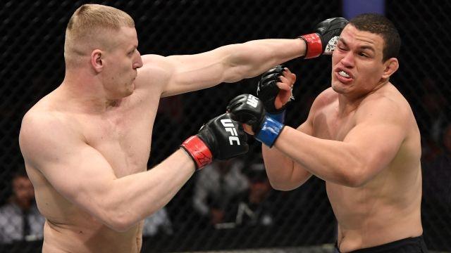 In Spanish - UFC Fight Night: Overeem vs Oleinik (Main Card)