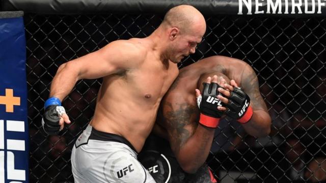 UFC Fight Night: Lewis vs. Dos Santos (Main Event)