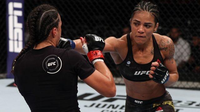 In Spanish - UFC 237: Namajunas vs. Andrade (Early Prelims)